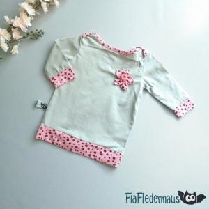 Selbstgenähtes Babyshirt mit Blume in Größe 62 kaufen - Handarbeit kaufen