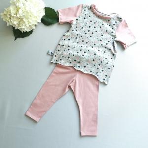 Selbstgenähtes Babyset aus Hose und Kurzarmshirt in Größe 74 kaufen - Handarbeit kaufen