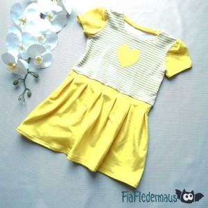Selbstgenähtes Kleid aus Jersey in Gelb in Größe 86 kaufen