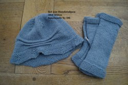 Winterset, bestehend aus Hut/Mütze und Handstulpen, in graublau