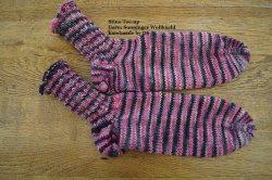 Schicke Socken aus 6-fach Sockenwolle in Größe 39/40, besonders warm