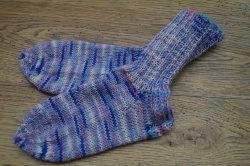 Schicke Kindersocken aus 4-fach Sockenwolle in Größe 26