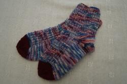 Schicke Kindersocken aus 4-fach Sockenwolle in Größe 26/27
