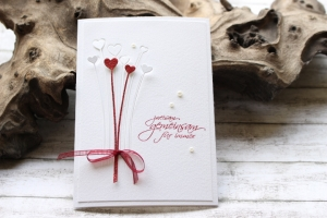 Glückwunschkarte zur Hochzeit - Strauß aus Herzen, rot, weiß