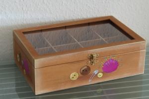 Nähkästchen Schmuckkästchen Holz Nähkasten Sammelkasten Aufbewahrung Nähkiste Handbemalt  - Handarbeit kaufen