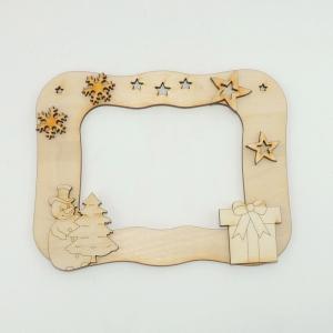 Bilderrahmen mit Schneemann zur Weihnachtszeit, Päckchen, Sterne und Schneeflocke, Bastelset aus Holz zum anmalen. - Handarbeit kaufen