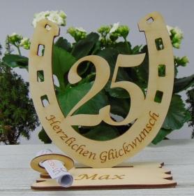 Personalisiertes Geschenk zum 25. Geburtstag, Hufeisen 15 cm aus Holz mit Geldscheinhalter und Gutscheinhalter - Handarbeit kaufen