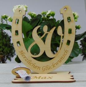 Personalisiertes Geschenk zum 80. Geburtstag, Hufeisen 15 cm aus Holz mit Geldscheinhalter und Gutscheinhalter - Handarbeit kaufen