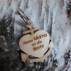 Schlüsselanhänger aus Holz ♥ Meine Mama ist die Beste ♥ Anker mit Herz zum Verschenken - Handarbeit kaufen
