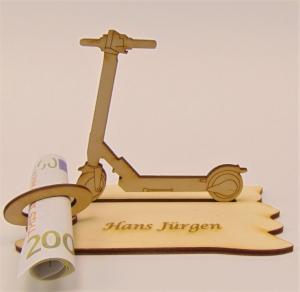 Geldgeschenk zum Geburtstag aus Birkenholz ,★ E Scooter, ★ Personalisiert   - Handarbeit kaufen