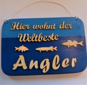Spruch aus Holz ★ Hier wohnt der weltbeste Angler ★ Geschenk für Angler, Geburtstagsgeschenk, Fischer- und Anglerfans - Handarbeit kaufen