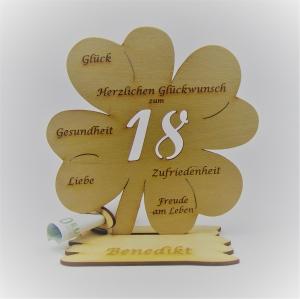 Geldgeschenk Kleeblatt 11 cm aus Holz zum 18. Geburtstag,  Herzlichen Glückwunsch Personalisiert   - Handarbeit kaufen