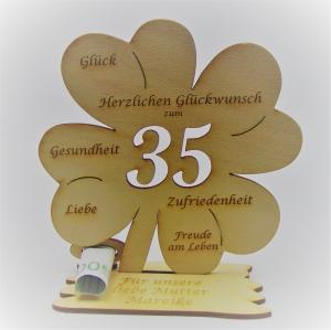 Geldgeschenk Kleeblatt 11 cm aus Holz zum 35. Geburtstag,  Herzlichen Glückwunsch Personalisiert   - Handarbeit kaufen