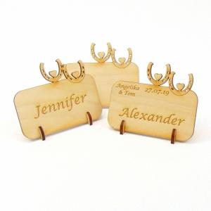 Tischkarte für echte Cowboy´s, Platzkarte Namensschild mit doppeltem Hufeisen für Festtafel aus Holz, für Pferde Fans - Handarbeit kaufen
