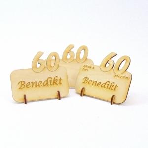 Tischkarte mit Zahl 60, Platzkarte Namensschild für Festtafel aus Holz, 60. Hochzeitstag, 60 Geburtstag - Handarbeit kaufen