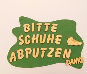 Spruch aus Holz ★ Bitte Schuhe abputzen ★ Geschenk für Ferienwohnungen Sonderpreis - Handarbeit kaufen