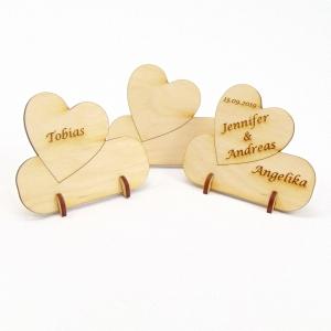 Herz Tischkarte Namensschild aus Holz für Hochzeit Tafel oder Geschenk zur Verlobung, zum Valentinstag Holzschild - Handarbeit kaufen