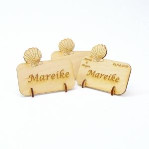Muschel Tischkarte Namensschild aus Holz für Hochzeit, Geburtstag, Badezimmer Deko - Handarbeit kaufen