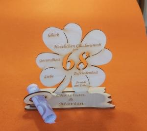 Personalisiertes Geldgeschenk ♥ zum 68. Geburtstag ♥ Kleeblatt Naturholz ♥     - Handarbeit kaufen