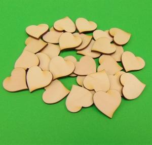 ♥ Herz geschwungen ♥ 30 Stck.aus Vollholz, zum bemalen,  Hochzeitsdekoration Tischdeko  - Handarbeit kaufen