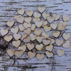 ♥ Herzen ♥ 50 Stck Volksfest Herz 2 cm aus Vollholz, zum bemalen, Hochzeitsdekoration, Tischdeko   - Handarbeit kaufen