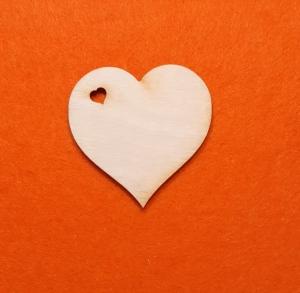 ♥ Herzen ♥ 25 Stck Herz mit ausgeschnittenen Herzloch 6 cm aus Vollholz, zum bemalen, Hochzeitsdekoration, Tischdeko   - Handarbeit kaufen