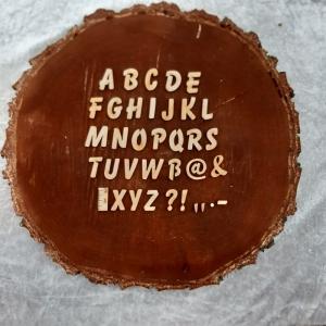 Großbuchstaben, Zahlen, Zeichen aus Naturholz ★21 mm ★ Schriftart Balloon 15 Stck. zum basteln und kreativen gestalten  - Handarbeit kaufen