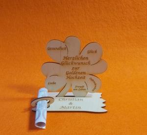 Kleeblatt Geldgeschenk ♥ zur Goldenen Hochzeit ♥ Naturholz 11,7 cm Personalisiertes Geschenk mit gravierten Namen - Handarbeit kaufen