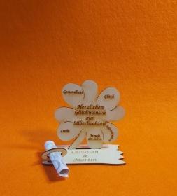 Kleeblatt Geldgeschenk ♥ zur Silberhochzeit ♥ Naturholz 11,7 cm Personalisiert, Geschenk mit Gravierten Namen - Handarbeit kaufen
