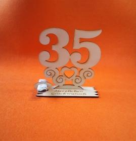 Geburtstagsgeschenk ★ Tischaufsteller mit der Zahl 35 ★ Tischdekoration, Geldgeschenk, Naturholz graviert - Handarbeit kaufen