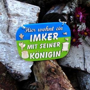 Türschild aus Holz in blau, grün ★ Hier wohnt ein ein Imker mit seiner Königin ★ Türschild, Wanddeko, Haustürschild schenken - Handarbeit kaufen