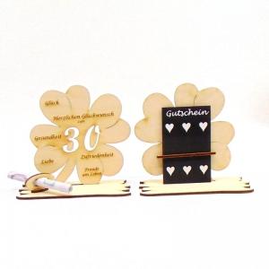 ♥ Personalisiertes Kleeblatt ♥ Geburtstagskleeblatt Zahl 30 mit Glückwünschen aus Holz 16 cm  - Handarbeit kaufen