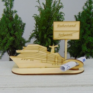 Geldgeschenk zum Ruhestand - oder Gutscheingeschenkset ★ Kreuzfahrtschiff aus Holz mit der Aufschrift