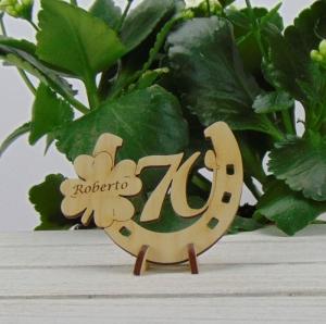 Tischdekoration/ Geschenk ★ Hufeisen aus Holz mit Kleeblatt und Jahreszahl 70★ zum Verschenken zum Geburtstag oder Jahrestag - Handarbeit kaufen