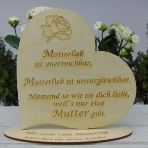 ★ Personalisiertes Muttertags Herz  aus  Holz ★ Mutterlieb ist unerreichbar,...unvergleichbar mit Wunschtext für den Ehrentag - Handarbeit kaufen