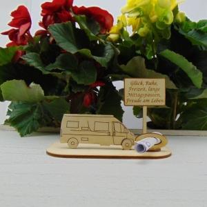 ♥ Geldgeschenk ♥ Van Wohnmobil aus Holz Gutscheingeschenk mit Ortsschild gravierter Spruch Glück, Ruhe, Freizeit, lange Mittagspausen, Freude am Leben - Handarbeit kaufen