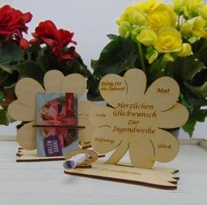 Geldgeschenk ♥ Personalisierung ♥ Kleeblatt 11,7 cm aus Holz zur Jugendweihe Geschenk für Jungs und Mädchen Naturholz graviert mit Namen - Handarbeit kaufen