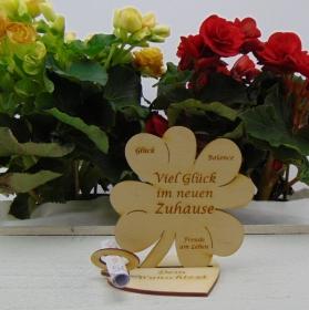 Personalisiertes oder mit Wunschtext graviertes Geldgeschenk♥ Kleeblatt 11,7 cm ♥ Viel Glück im neuen Zuhause ♥  - Handarbeit kaufen