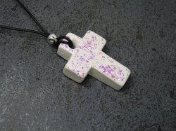 Halskette Kreuz mit Muschelperlmutt - Künstler-Gips