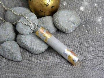 Halskette Beton Zylinder mit Blattmetall - multicolor - handgefertigt