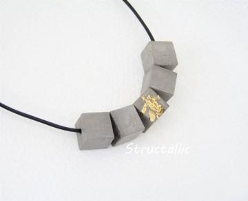 Beton Collier - Halskette mit Würfel - *BETON ORIGINELL* - handgefertigt
