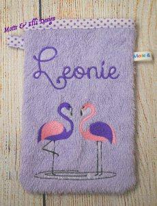 Waschlappen / Waschhandschuh bestickt mit Flamingos und Namen