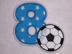 Aufnäher Zahl 8 mit Fußball Applikation