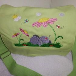 Kindergartentasche - Elefant auf Wiese - limette