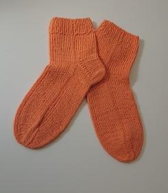 Handgestrickte Socken aus Baumwolle in orange, Gr. 38/39, Handmade by la piccola Antonella - Handarbeit kaufen