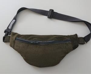 Bauchtasche aus Cord in oliv ,  auch als Crossbag Umhängetasche tragbar , verstellbarer Tragegurt mit Karabiner , Gr. L, Handmade by la piccola Antonella
