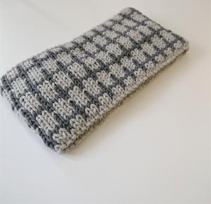 Gestricktes Stirnband ,  handgestrickt aus  100% Wolle (Merino), doppellagig , Fairisle , hellgrau / dunkelgrau ,  handgestrickt von la piccola Antonella  - Handarbeit kaufen