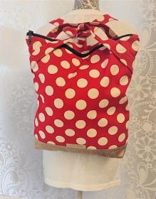 Rucksack mit roten Dots aus  robusten  Baumwoll Canvas und Kunstleder, Handmade by la piccola Antonella - Handarbeit kaufen