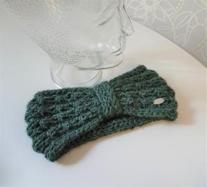 Stirnband gestrickt aus 100% Alpaka  in salbei / pastell grün mit Zopfmuster ,  handgestrickt von la piccola Antonella  - Handarbeit kaufen