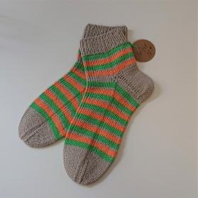 Gestrickte Socken aus Baumwolle in grau/grün/orange  mit kurzen Schaft , Gr. 40/41 , handgestrickt von la piccola Antonella - Handarbeit kaufen